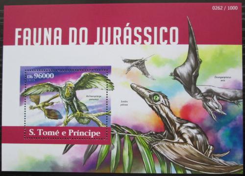 Poštovní známka Svatý Tomáš 2015 Dinosauøi Mi# Block 1093 Kat 10€