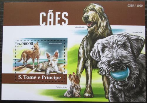 Poštovní známka Svatý Tomáš 2015 Psi Mi# Block 1121 Kat 10€