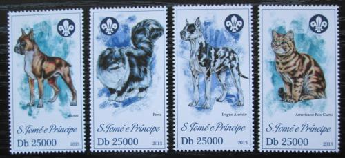 Poštovní známky Svatý Tomáš 2013 Koèky a psi Mi# 5181-84 Kat 10€