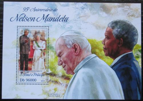 Poštovní známka Svatý Tomáš 2013 Nelson Mandela Mi# Block 927 Kat 10€