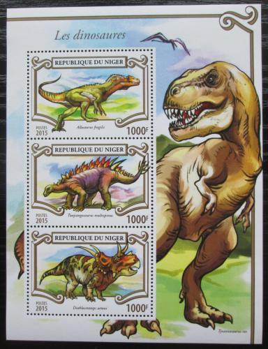 Poštovní známky Niger 2015 Dinosauøi Mi# 3530-32 Kat 12€