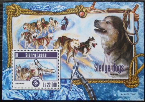 Poštovní známka Sierra Leone 2015 Tažní psi Mi# Block 775 Kat 10€