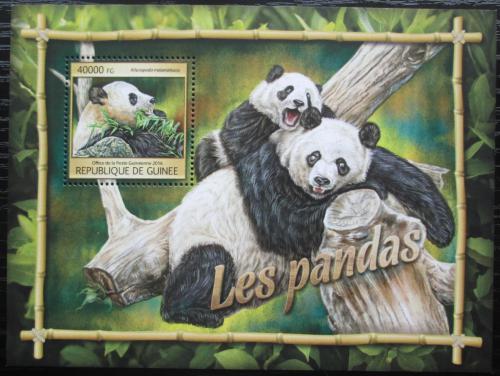 Poštovní známka Guinea 2016 Pandy Mi# Block 2668 Kat 16€
