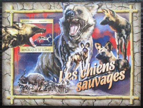 Poštovní známka Guinea 2016 Pes hyenový Mi# Block 2671 Kat 16€