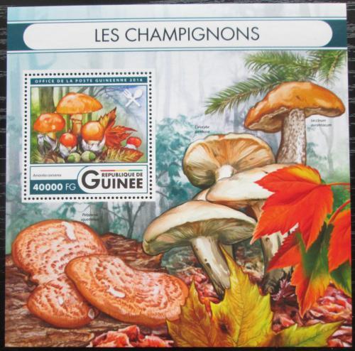 Poštovní známka Guinea 2016 Houby Mi# Block 2679 Kat 16€