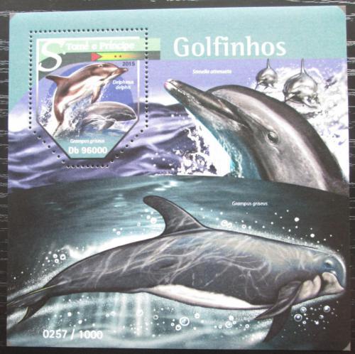 Poštovní známka Svatý Tomáš 2015 Delfíni Mi# Block 1137 Kat 10€