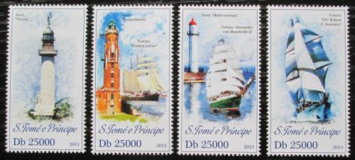 Poštovní známky Svatý Tomáš 2013 Plachetnice a majáky Mi# 5186-89 Kat 10€
