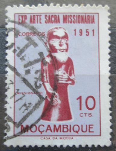 Poštovní známka Mosambik 1953 Socha misionáøe Mi# 414